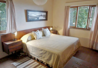 The house can accommodate 8 persons in 3 bedrooms